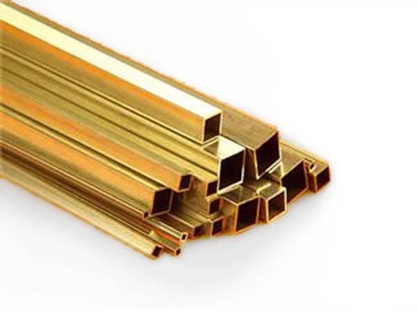 Bilde av K&S - Square Brass Tube, 6 x 6mm
