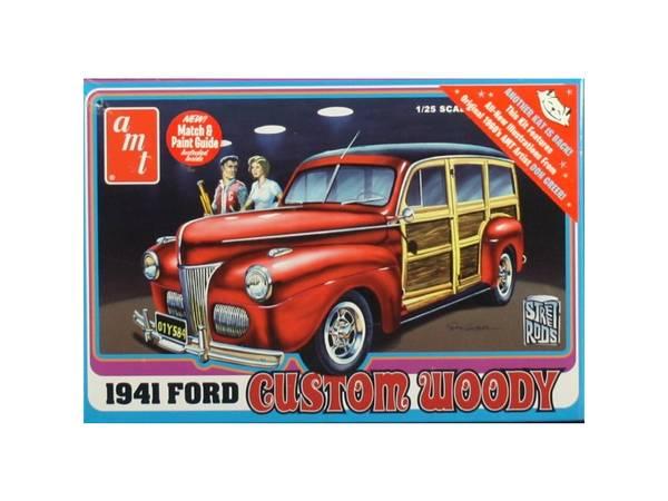 Bilde av AMT - 1/25 1941 Ford Custom Woody