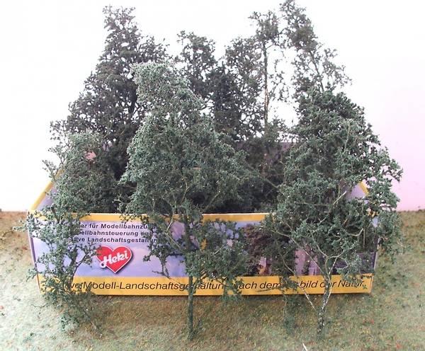 Bilde av Heki - Løvtrær og busker m.blader, mørk grønn