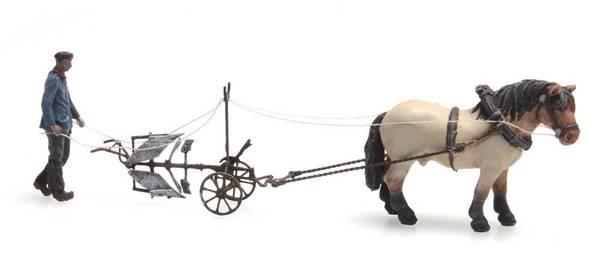 Bilde av Artitec - Bonde med hest og plog