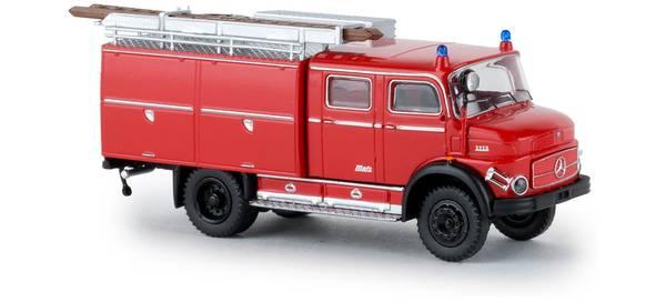 Bilde av Brekina - Mercedes brannbil, TLF16, rød/svart