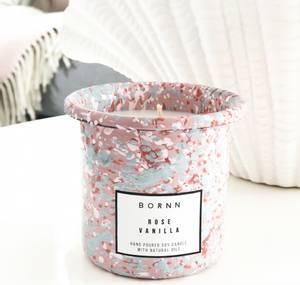 Bilde av Bornn duftlys rose vanilla