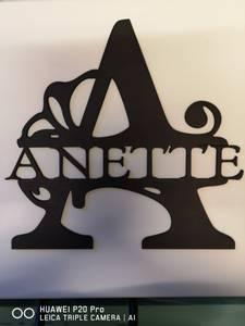 Bilde av NAVNEPLATE bokstav og navn plate 1360 A