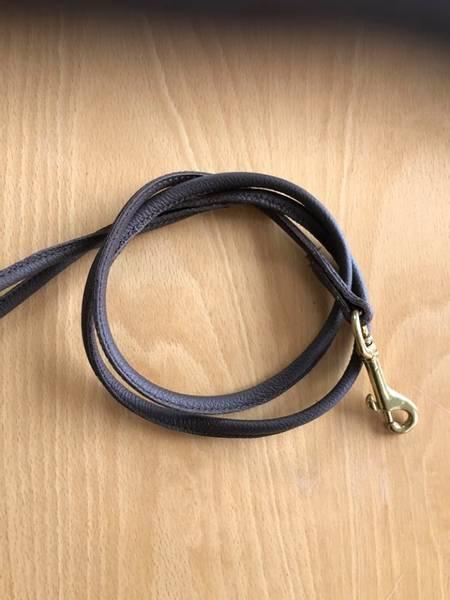 Mørkebrunt rundsydd skinnkobbel 30 - 230 cm
