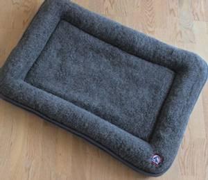 Bilde av Canelana seng i ull med kant