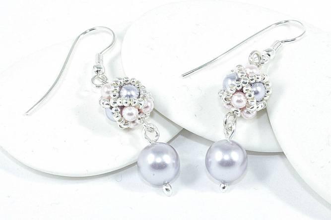 Bilde av Ørepynt med håndlagde perler