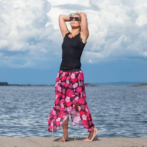 Bilde av Langt Skjørt Tropical Vibes Rosa & Sort
