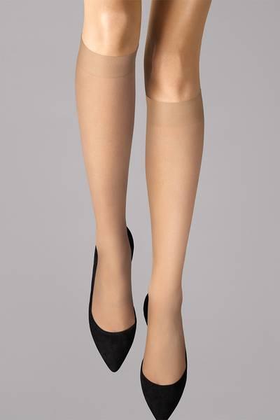 Bilde av Wolford Individual 10 Knee-Highs, Str S-M, Fairly Light