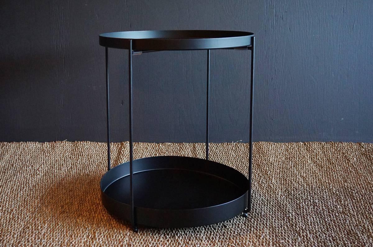 Metallbord, rundt, sort