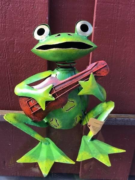 Bilde av Frosk med gitar, sittende