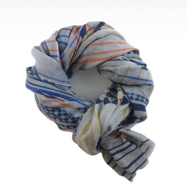 Bilde av Ullskjerf med striper