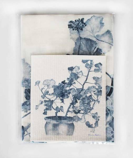 Bilde av Pakke med kjøkkenklut og linhåndkle blå