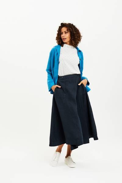Bilde av Kort Linjakke med lommer, safirblå