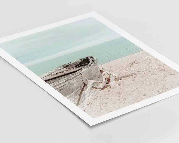 Bilde av Boat on the beach plakat