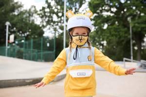 Bilde av DINOSKI Cub the Lion Helmet Cover Yellow