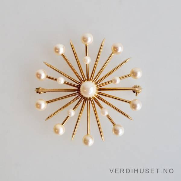 Bilde av Sonja-nålen i 14 K gull med perler