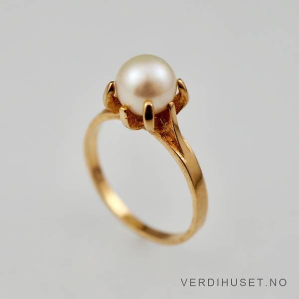 Bilde av Ring i 14 K gull med perle