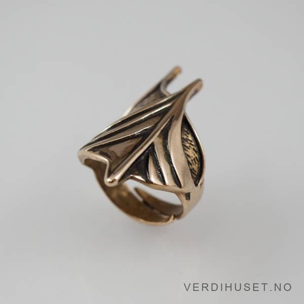 Bilde av Ring i bronse - Hillestad