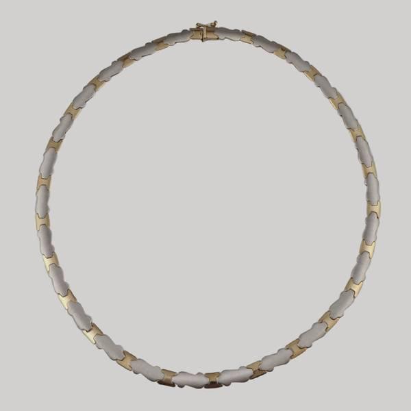 Bilde av Halssmykke i 9 K hvitt og gult gull