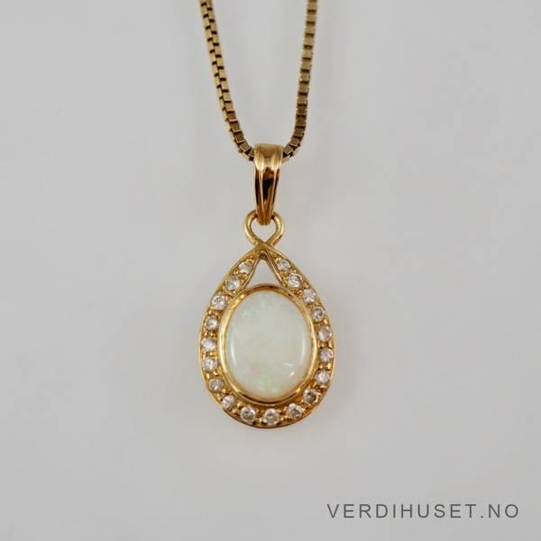 Bilde av Anheng i 18 K gull med opal og blanke stener
