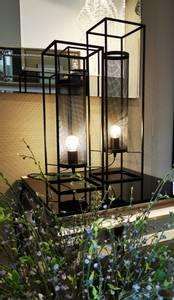 Bilde av Metall lampe i 2 str , matt sort