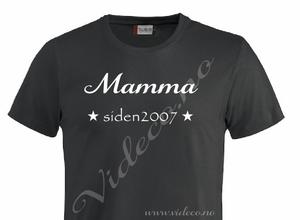 Bilde av T-shirt - Mamma/Pappa siden