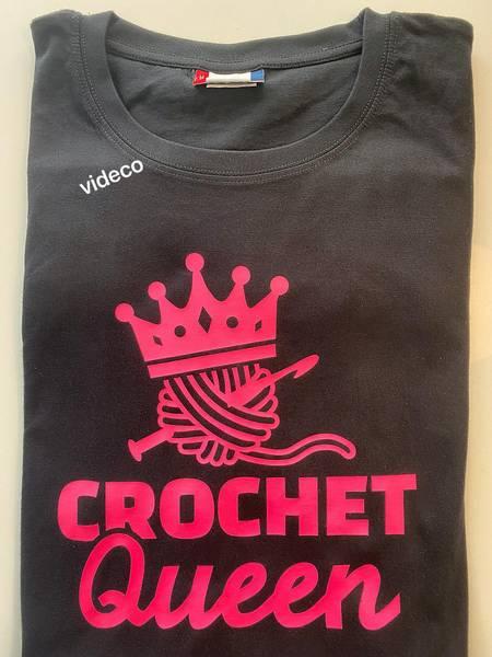 T-shirt, Crochet Queen