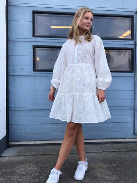 Blondekjole fra RahOslo, off-white, Str S