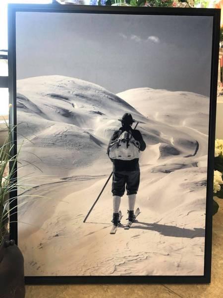 Lerret bilde, mann på ski