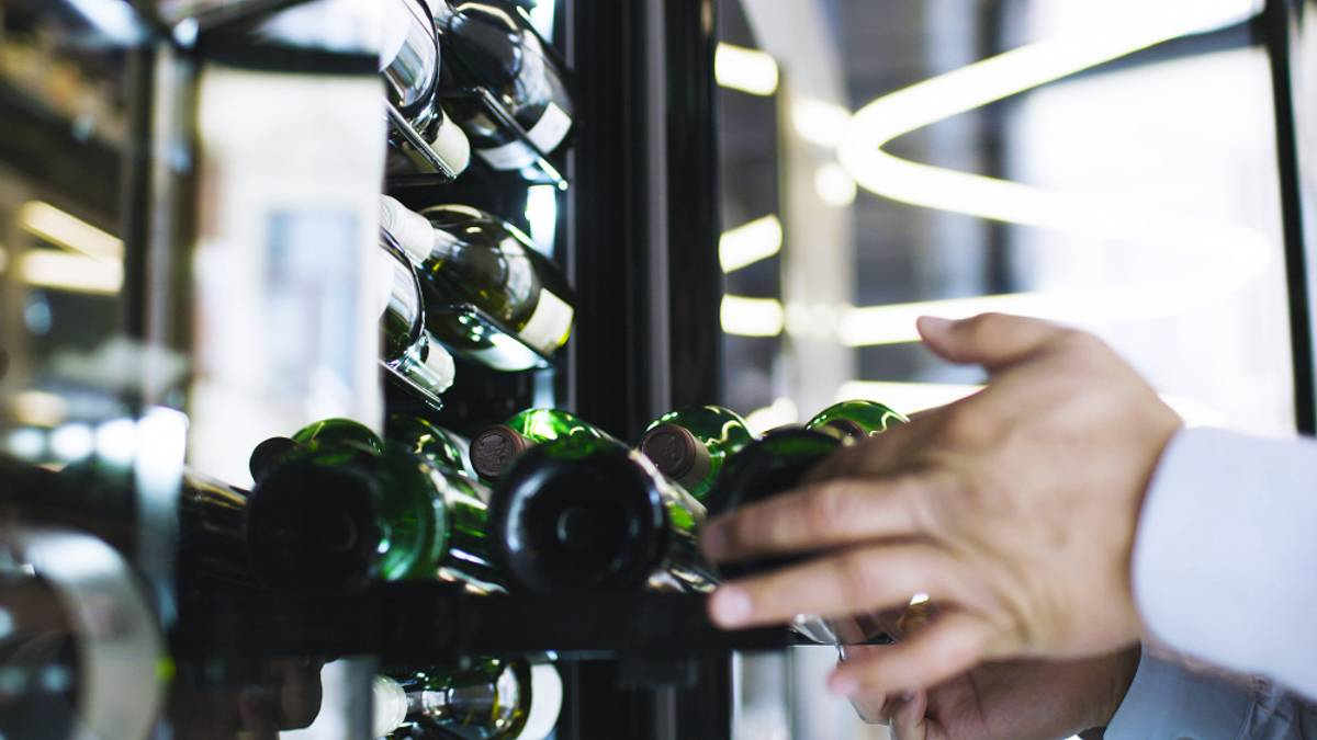 Temptech Copenhagen vinskap, 1 sone, 143 flasker