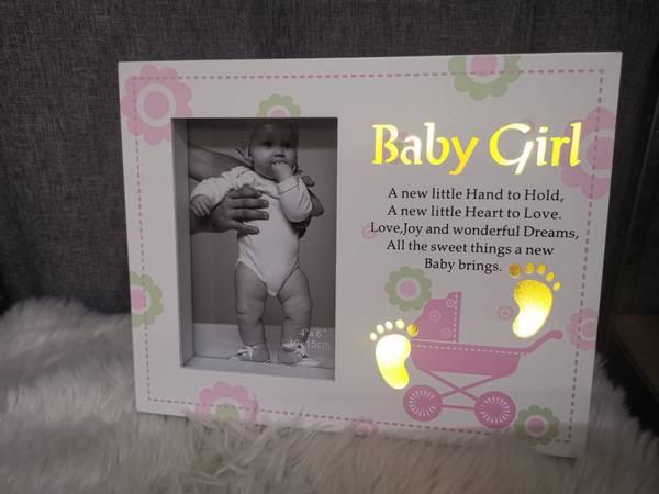 Babyramme jente HVIT / ROSA   10x15 med LED lys