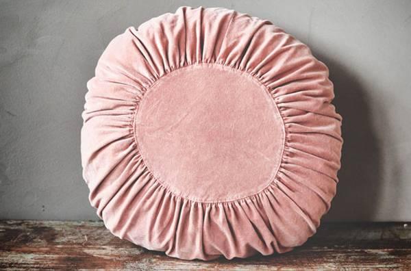 Pute i stenvasket velur 60cm rund rosa