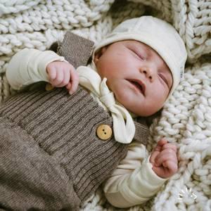 Bilde av Iobio knytelue baby ull/silke natur