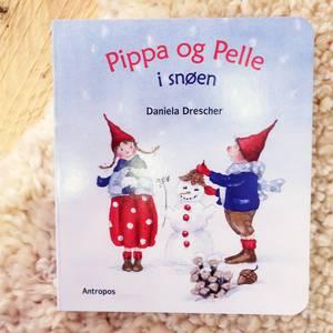 Bilde av Pippa og Pelle i snøen - Daniela Drescher