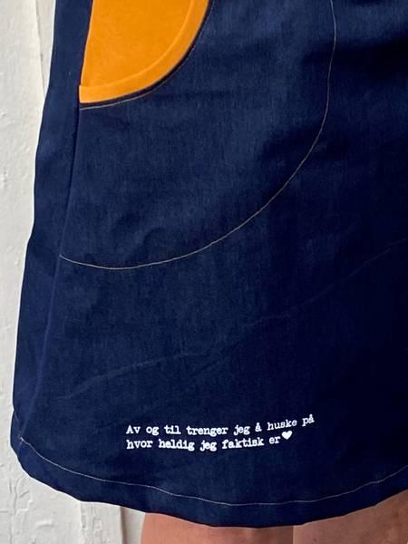 Heldig ❤️ mørkeblå jeanskjole