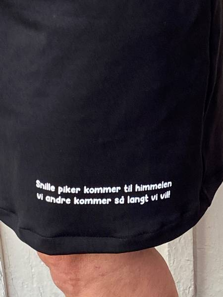 Snille piker ❤️ jerseykjole