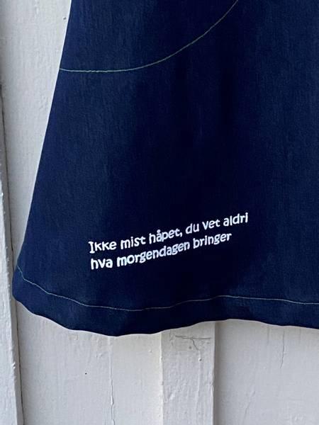 str 38 Ikke mist håpet ❤️ jeanskjole _mønstrete gr
