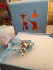 Bilde av Sølvsmykke, nål med apekatt