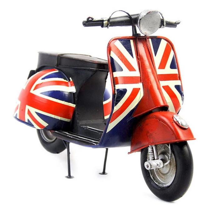 Bilde av Vespa scooter med engelsk